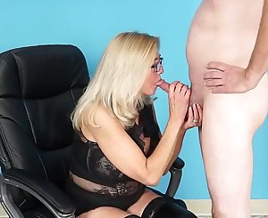 Cougar Tahnee Taylor Interviews Stud, Gets Ass Fucked with Facial