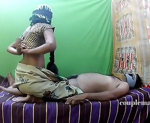 Aunty sex in a saree