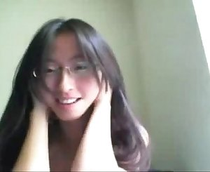 Asian Girl Webcam Flashing -hotwebcam69.com